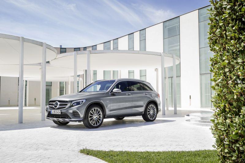 Lo stile della Mercedes-Benz GLC 350e 4MATIC