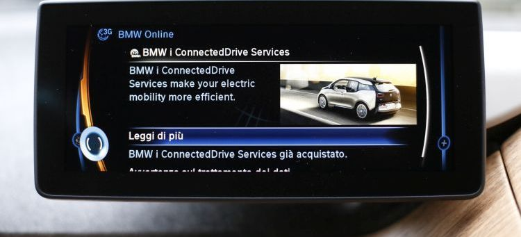 con il bmw connecteddrive store le app salgono in auto missionline. Black Bedroom Furniture Sets. Home Design Ideas