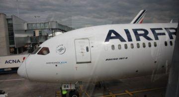 Il nuovo B787 di Air France al finger di Cdg