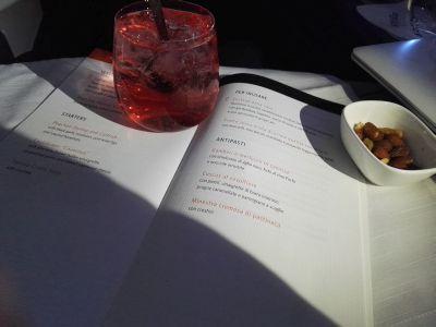 L'aperitivo e il menù della Delta One®