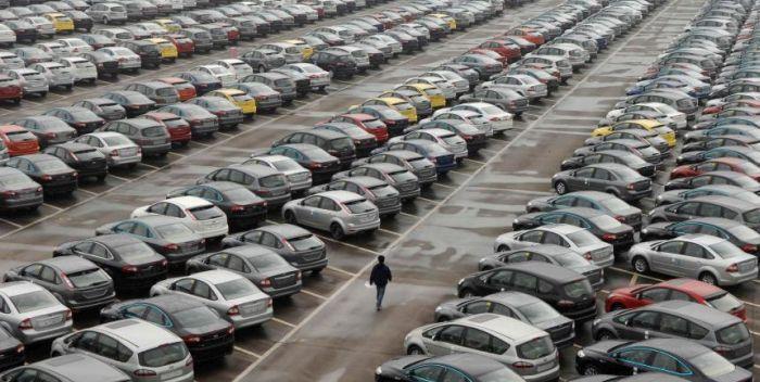 Mercato dell'auto in UE in calo