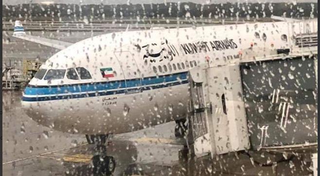 Kuwait Airways decolla