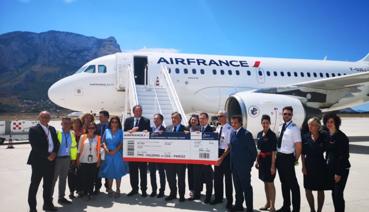Air France collega Palermo e Parigi