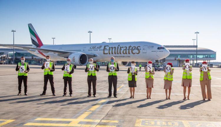 emirates sospende i voli passeggeri