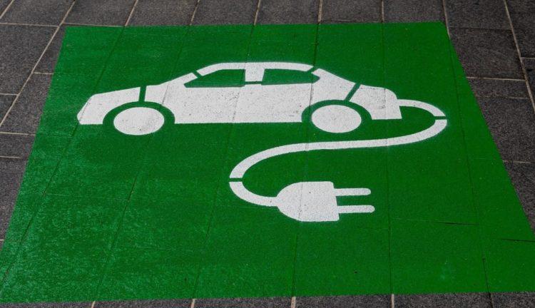 Auto elettriche a noleggio