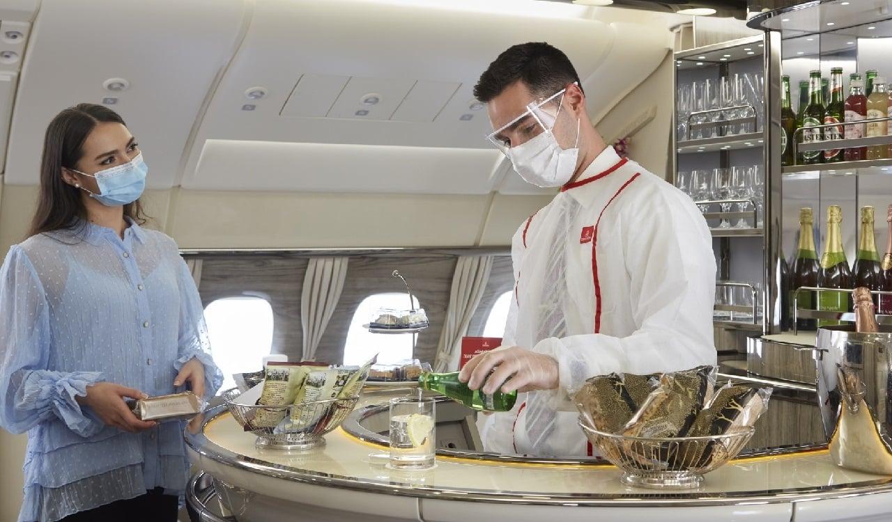 Emirates l'assicurazione contro il Covid