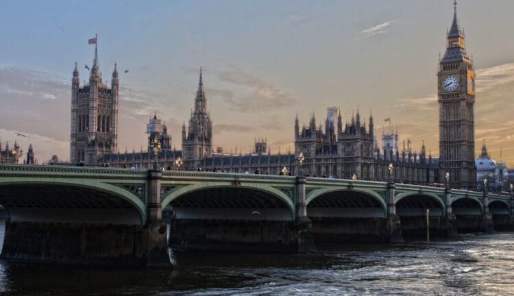 Regno Unito viaggi internazionali 4 ottobre